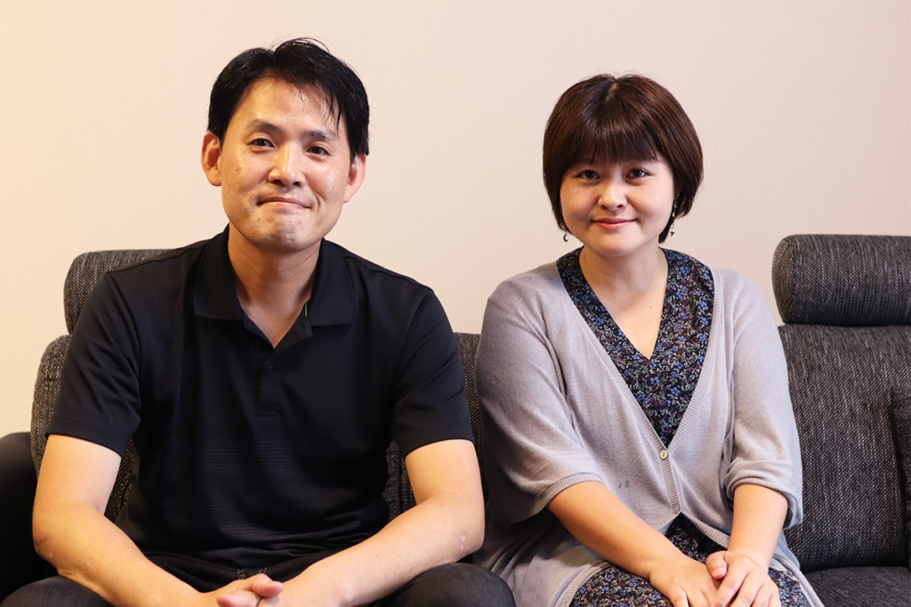 ゼロ仲介お客様の声 富田さまご夫妻のお写真